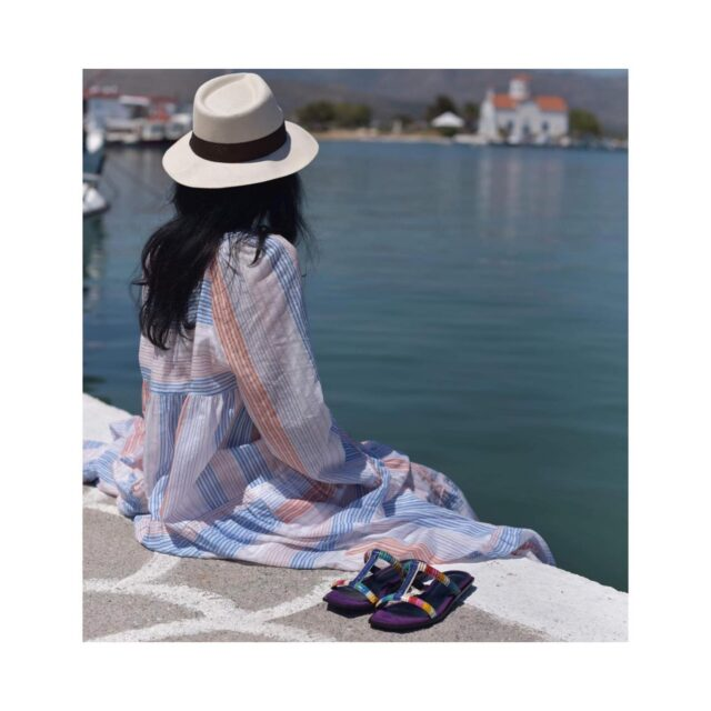 Each moment is unique Each woman is unique Each handmade pair of Rania Kroupi shoes is unique Unique shoes for Unique personalities  #raniakroupishoes #raniakroupiluxuryshoes  #uniquewomen #uniquesandals #handmadeinathens #genuinesnake #summermoments #aegeansea