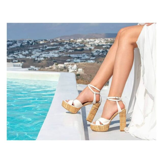 E R A T O moments  Raffia. plateau  sandals white nappa leather snake skin organic raffia  #raniakroupishoes #raniakroupiluxuryshoes  #handmadeinathens  #madeinathens  #bridalsandals #bridal #bochemian #resortsandals  #Mykonos #mykonosisland